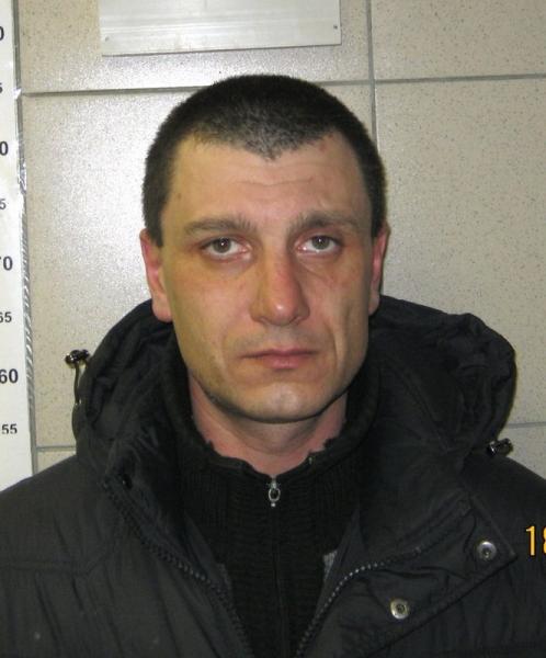Разыскивается за убийство, совершенное 14-15 мая 2013 года в Новоалтайске