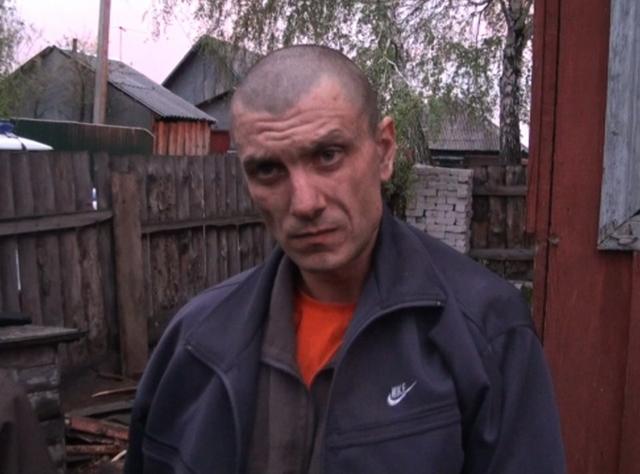 Фото задержанного  подозреваемого за убиство в Новоалтайске 15.05.2013