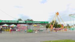 Парк аттракционов в Барнауле на речном вокзале