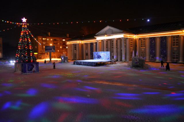 Площадь ДК ЖД на Новый год 2014