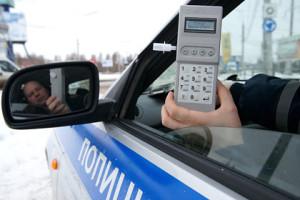 ГИБДД алкотестер водитель проверка на трезвость