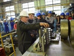 Новоалтайские школьники присмотрелись к будущей профессии