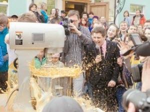 В Барнауле приготовили рекордный коктейль