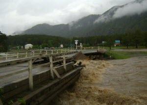 Следователи Алтайского края возбудили уголовные дела по факту исчезновения людей вследствие паводка