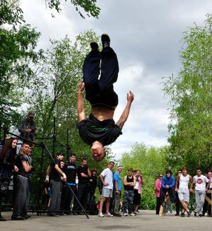 В Барнауле экстремалы готовятся ко Дню Российской молодежи