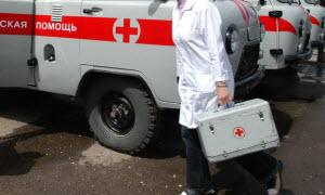 11-месячный ребенок попал под колеса родительского автомобиля