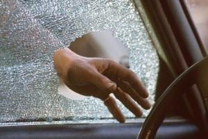 Полицейские Новоалтайска раскрыли кражу из автомобиля «Тойота»