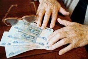 Пенсионеры из Новоалтайска вновь попались на удочку мошенника