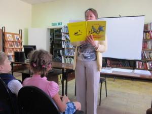 В Новоалтайске провели Международный день чтения вслух