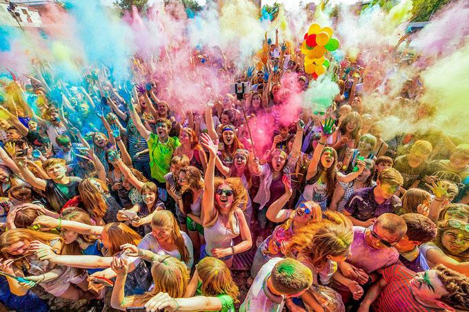 Всероссийский фестиваль красок в Новоалтайске и Барнауле